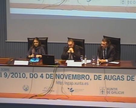 Belén Quinteiro Seoane, xefa do Servizo de Planificación e Programación Hidrolóxica de Augas de Galicia. Juan Carlos Chantrero Comes, técnico-especialista en xes66n do canon de saneamento. - Xornada sobre a Lei 9/2010, do 4 de novembro, de Augas de Galicia